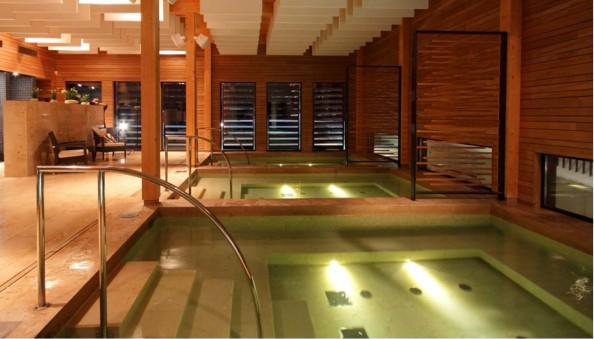 Kubija-hotell-loodusspaa-vaikesed_basseinid